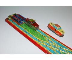 Retro plechová dráha - stará maďarská hračka