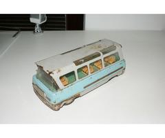 Autobus Omnia - stará česká hračka.