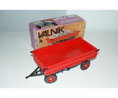 Valník-vlečka pro traktor Zetor KDN s or. krabicí