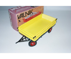 Valník-vlečka pro traktor Zetor KDN
