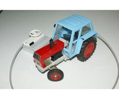 Traktor Zetor Crystal 8011 KDN stará česká hračka