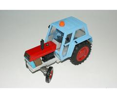 KDN Traktor Zetor Crystal 8011 stará česká hračka