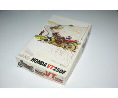 Stavebnice motorka Honda VT250F FUMAN 1/12